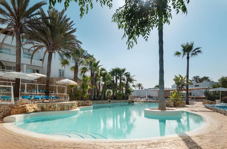 Holidays at Hotel Palia Puerto del Sol in Cala d'Or, Majorca