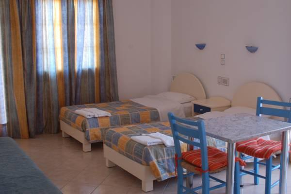 Holidays at Uncle George Apartments in Amoudara, Crete