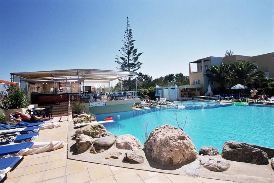Holidays at Futura Hotel in Maleme, Crete