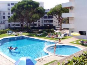 Holidays at Leziria Apartments in Vilamoura, Algarve