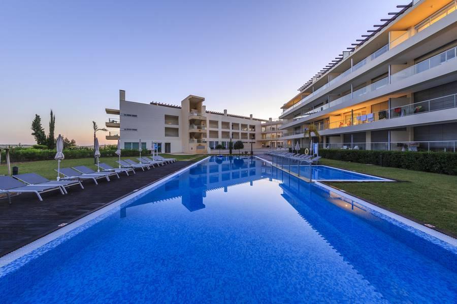 Holidays at Laguna Resort in Vilamoura, Algarve