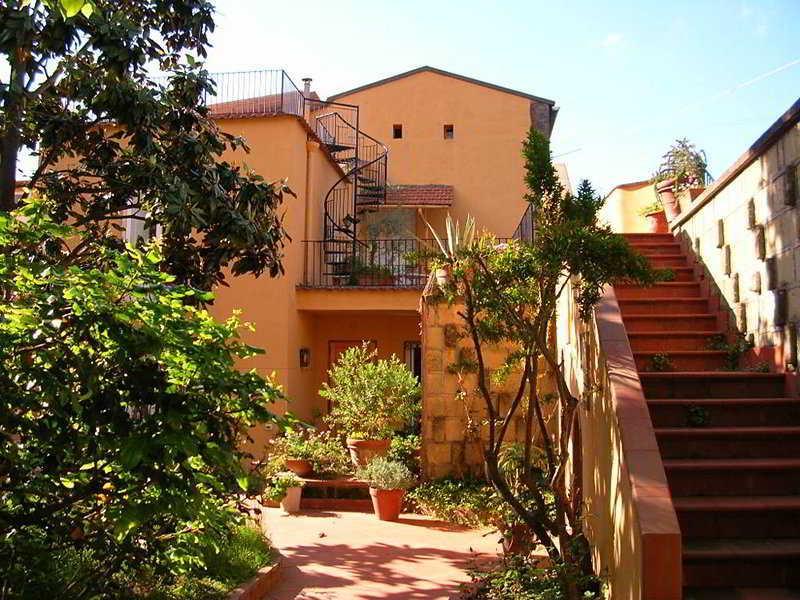 Holidays at Il Mirto Bianco Hotel in Sorrento, Neapolitan Riviera