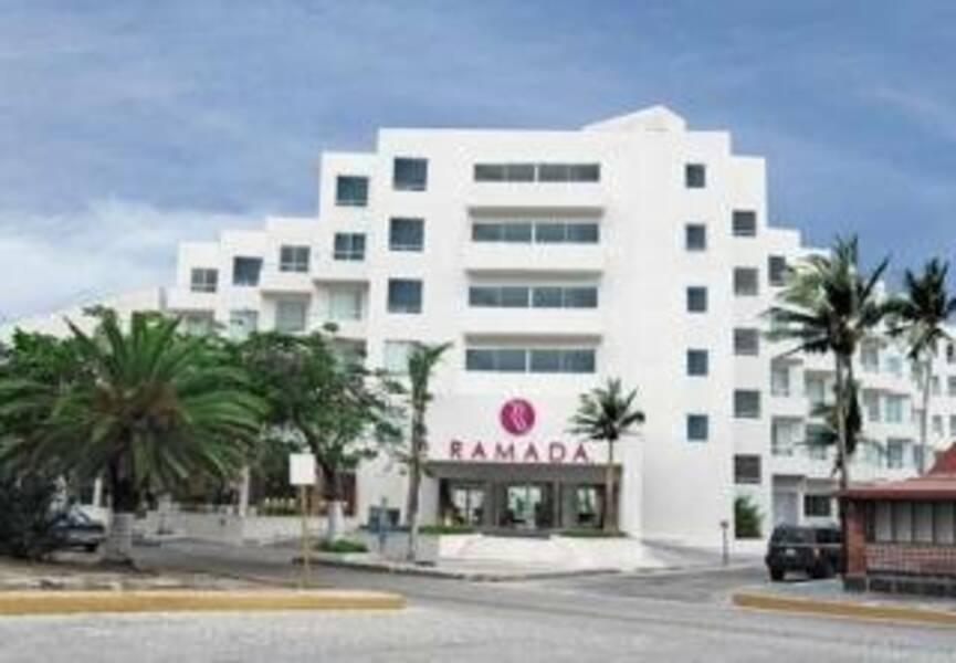 Holidays at Ramada Cancun City Hotel in Cancun Centro, Cancun