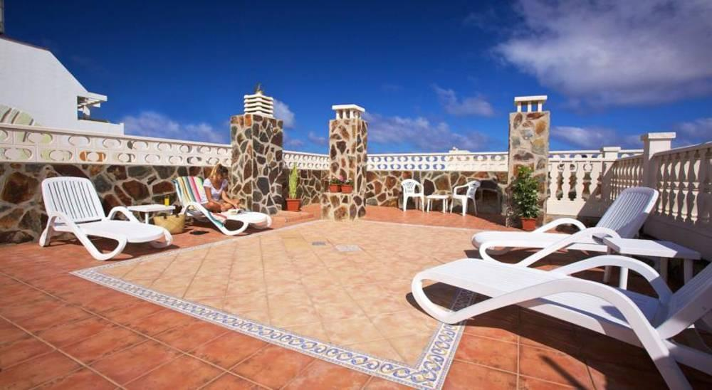 Holidays at Tinoca Apartments in Las Palmas, Gran Canaria