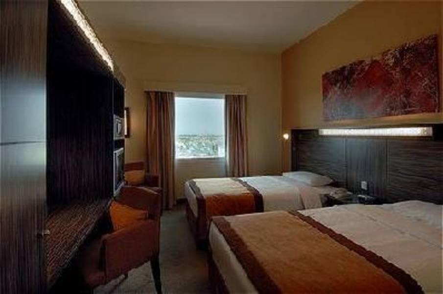 Holidays at Holiday Inn Express Dubai Internet City Hotel in Palm Island Jumeirah, Dubai