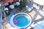 Holidays at Seasplash Resort Hotel in Negril, Jamaica