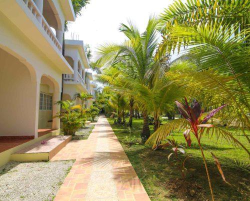 Holidays at Zanzi Beach Resort in Negril, Jamaica