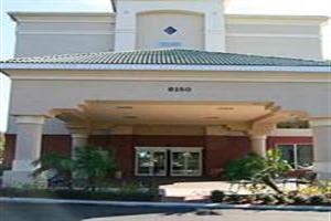 Holidays at Hampton Inn Orlando Lake Buena Vista in Lake Buena Vista, Florida