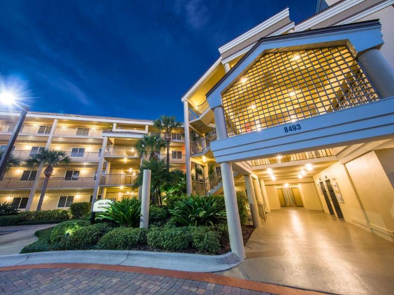 Holidays at Marriott Imperial Palms Hotel in Lake Buena Vista, Florida