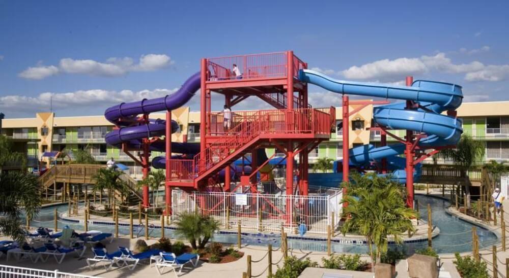Holidays at Flamingo Resort And Waterpark in Kissimmee, Florida