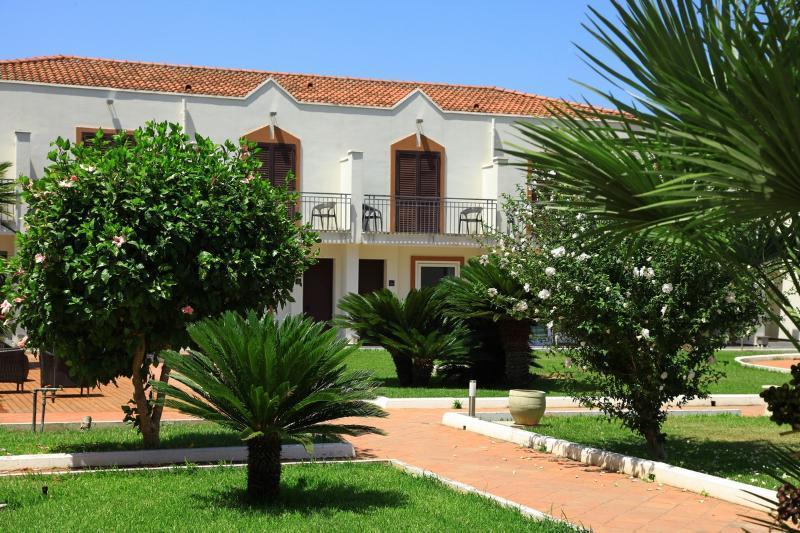 Holidays at Casena Dei Colli Hotel in Palermo, Sicily