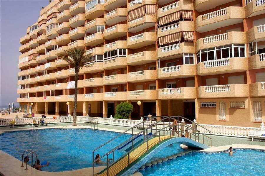 Holidays at Hawaii Apartments IV-V in La Manga, Costa Calida