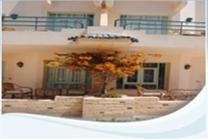 Cataract Layalina Hotel