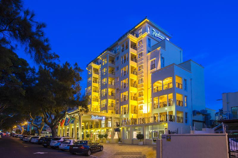 Holidays at Radisson Blu Le Vendome Hotel in Cape Town, South Africa