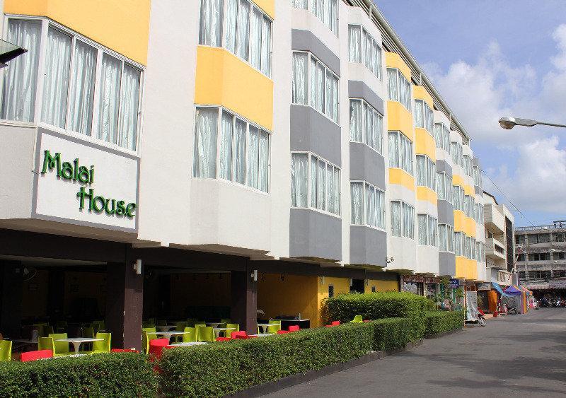 Holidays at Malai House Hotel in Phuket Karon Beach, Phuket