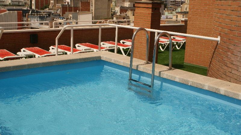 Holidays at Rosanna Aparthotel in Lloret de Mar, Costa Brava