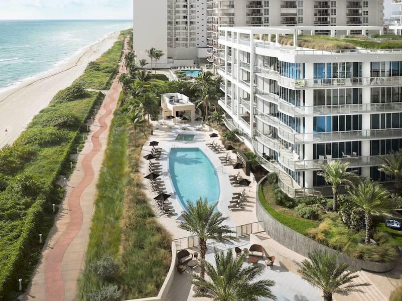 Holidays at Carillon Hotel and Spa in Miami Beach, Florida
