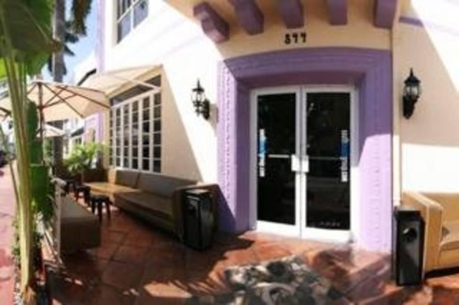 Holidays at Shelley Hotel in Miami Beach, Miami