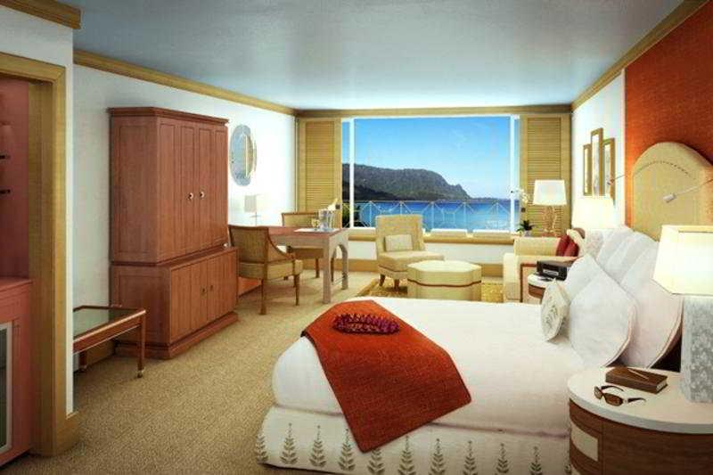 Holidays at St Regis Princeville Resort Hotel in Princeville, Kauai