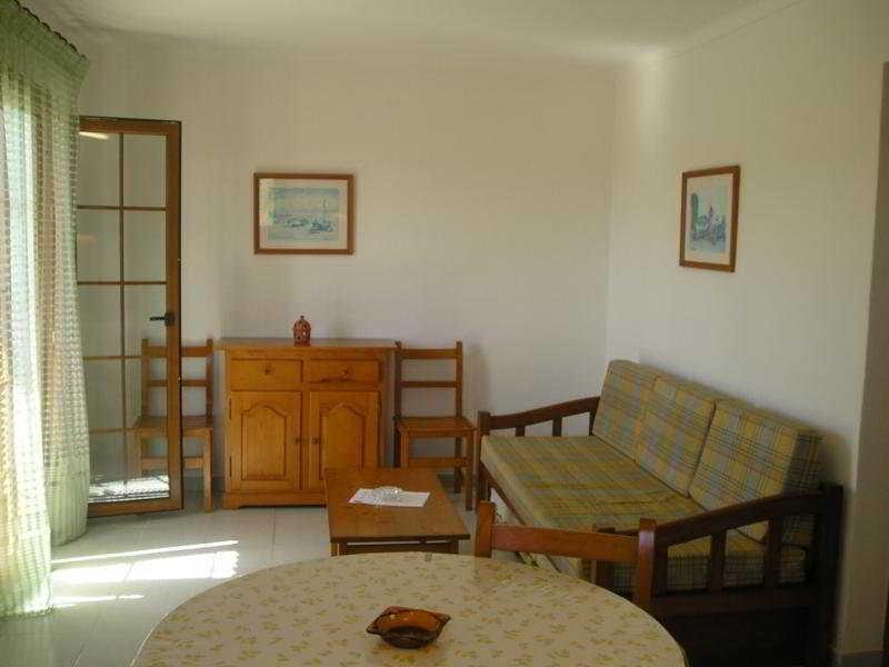Holidays at Villa Primera Apartments in Cala Santanyi, Majorca