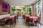 Courtyard By Marriott Waikiki Beach Hotel Picture 28