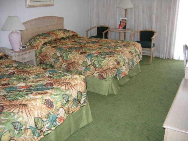 Miramar At Waikiki Hotel