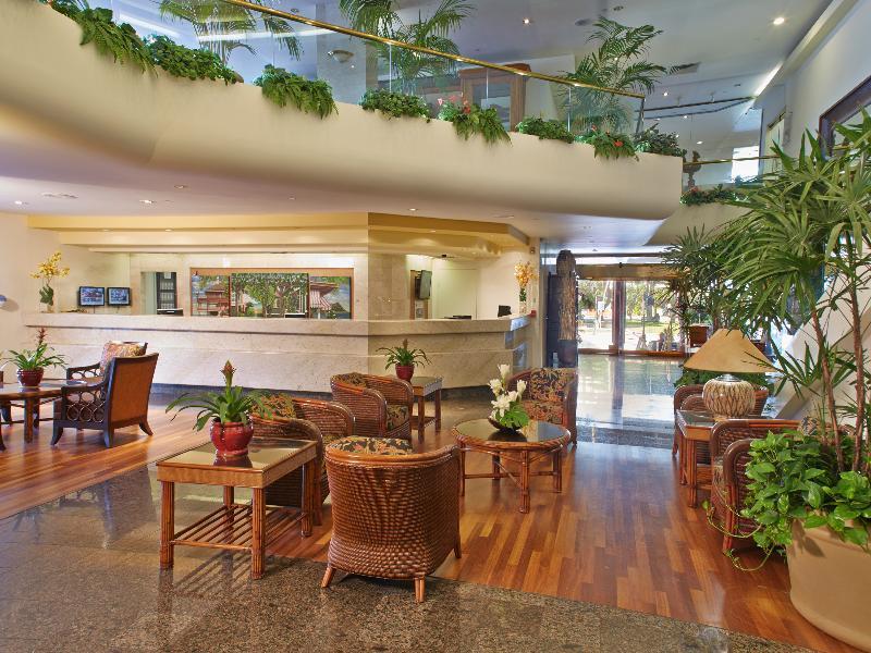 Outrigger Luana Waikiki Hotel