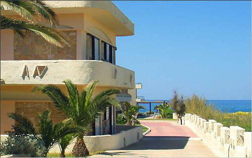 Holidays at Seafront Hotel Apartments in Adelianos Kampos, Rethymnon