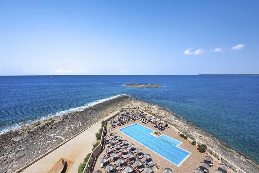Holidays at THB Sur Mallorca Hotel in Colonia Sant Jordi, Majorca
