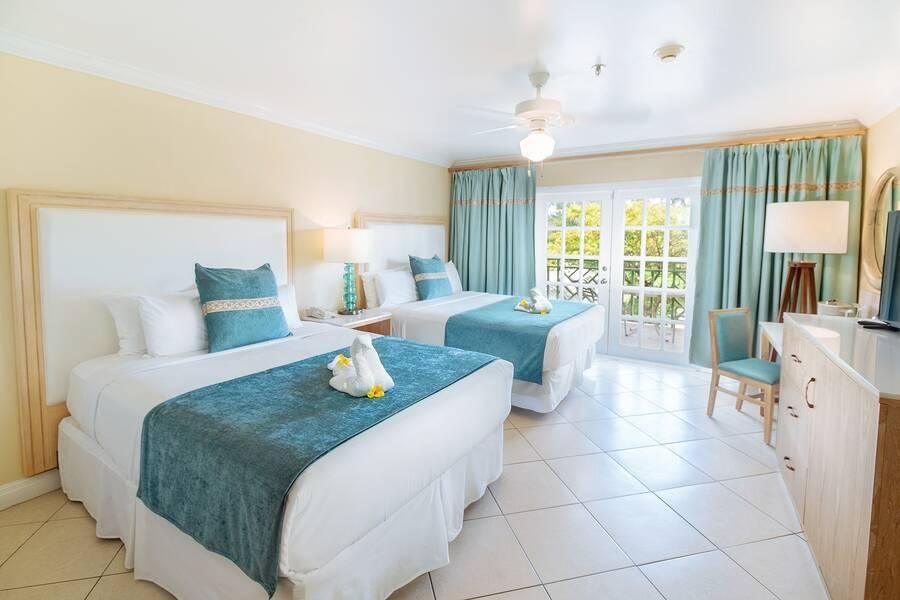 Bay Gardens Beach Resort Hotel Rodney Bay St Lucia Book Bay
