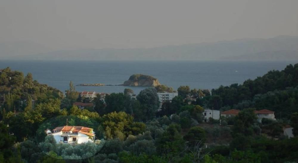 Holidays at Zachos Hotel in Troulos, Skiathos