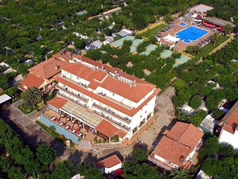 Holidays at La Masia Apartments in Blanes, Costa Brava