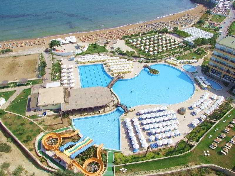 Acapulco Resort Hotel Kyrenia