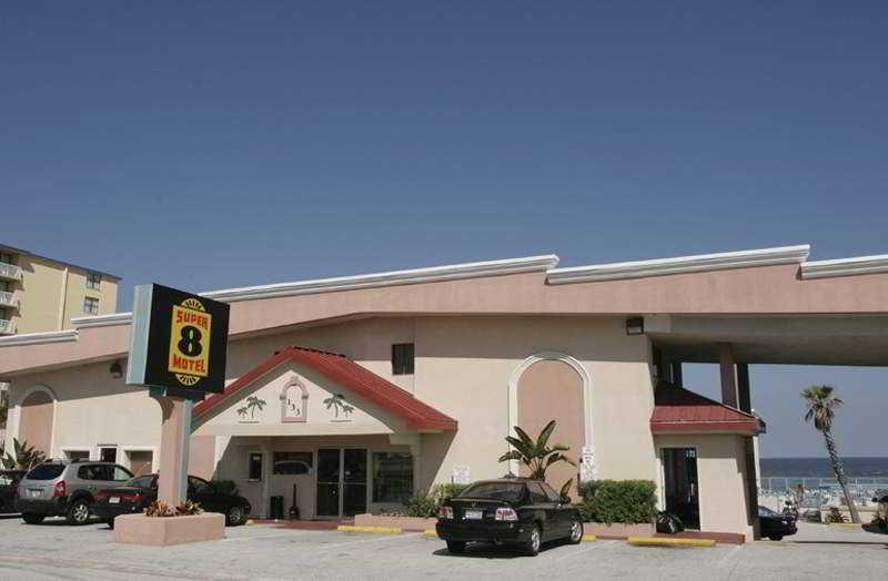 Roomba Inn and Suites Daytona Beach