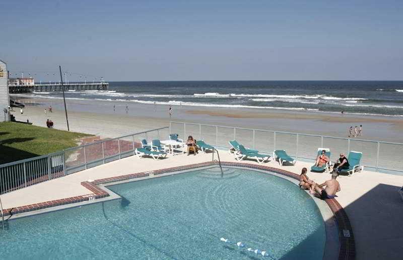 Holidays at Roomba Inn and Suites Daytona Beach in Daytona, Florida