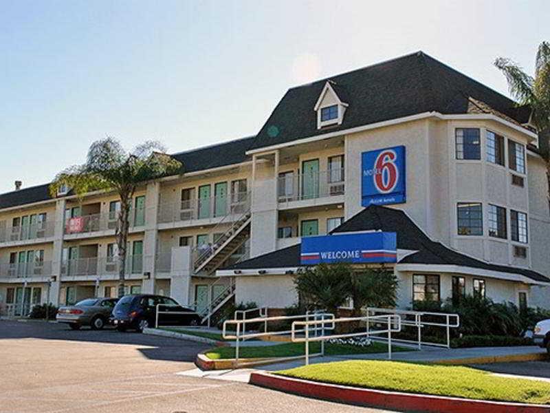 Holidays at Motel 6 Buena Park Knotts Berry Farm Hotel in Buena Park, Anaheim