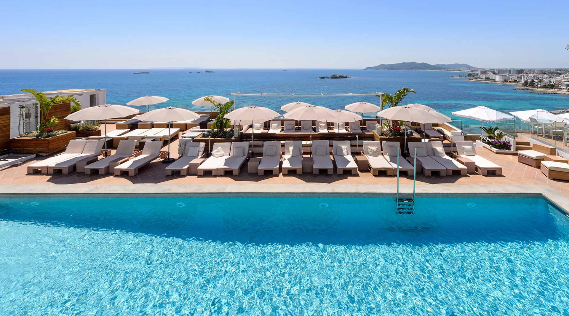 Cenit hotel figueretas ibiza spain book cenit hotel online for Hotels ibiza