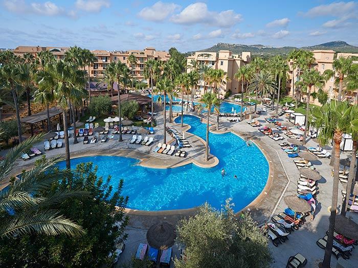 Holidays at Protur Bonaire Aparthotel in Cala Bona, Majorca