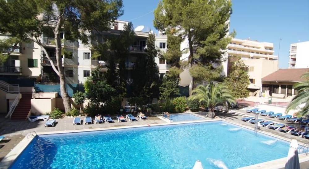 Holidays at Pinero Tal Hotel in El Arenal, Majorca