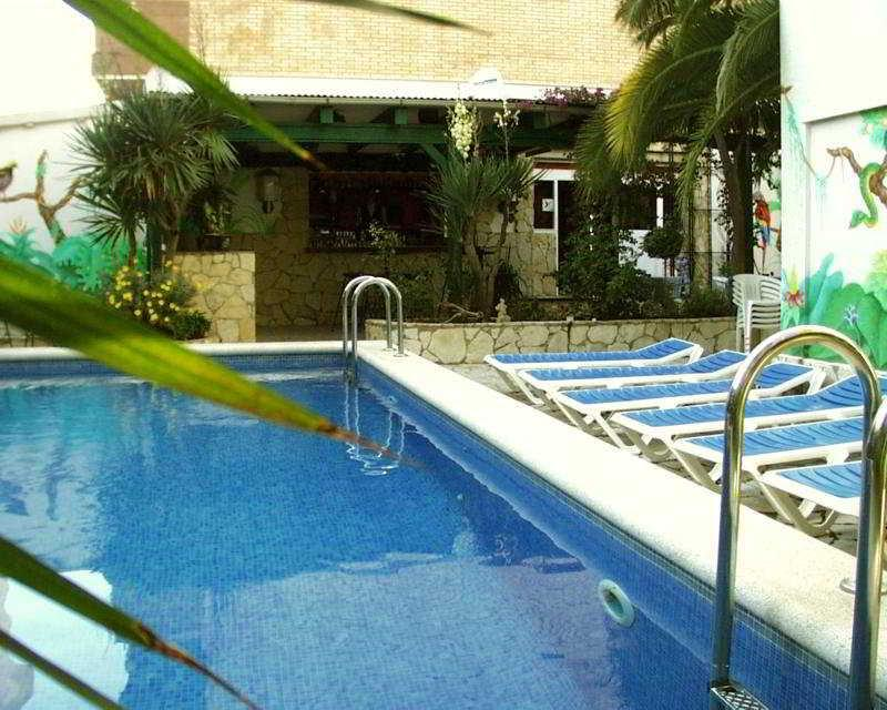 Holidays at Marbella Roses Hotel in Roses, Costa Brava