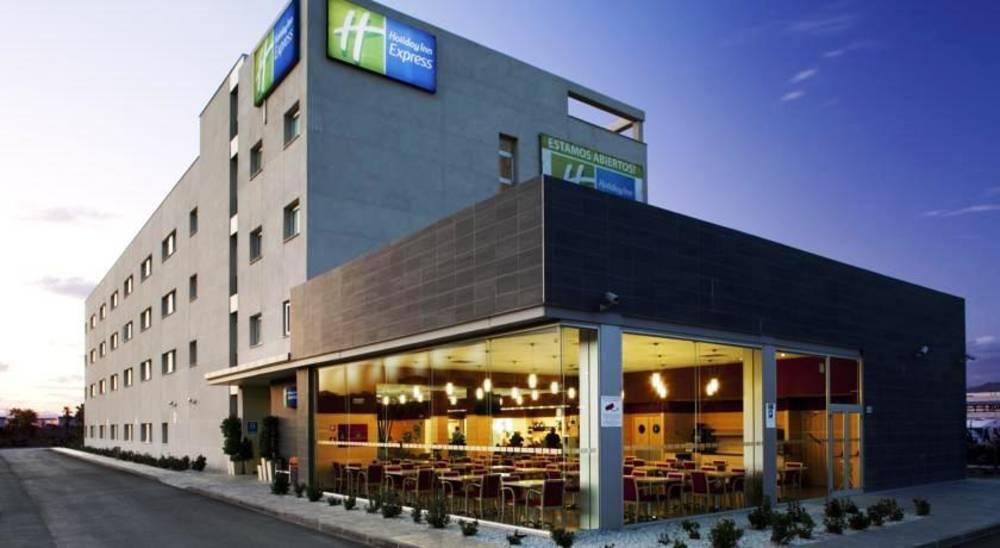 Holidays at Holiday Inn Express Malaga Airport Hotel in Malaga, Costa del Sol