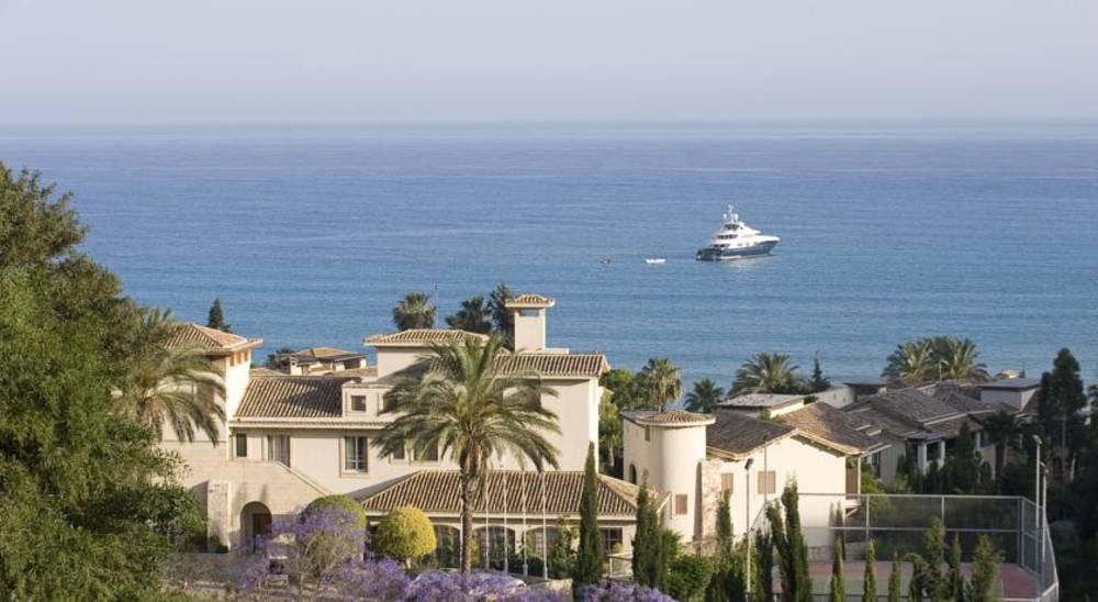 Holidays at Columbia Beach Resort in Pissouri, Cyprus