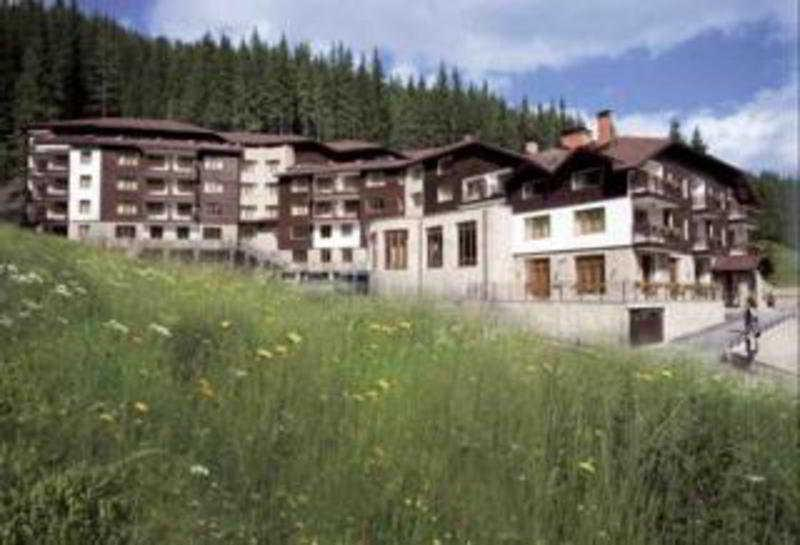 Holidays at Stream Resort Aparthotel in Pamporovo, Bulgaria