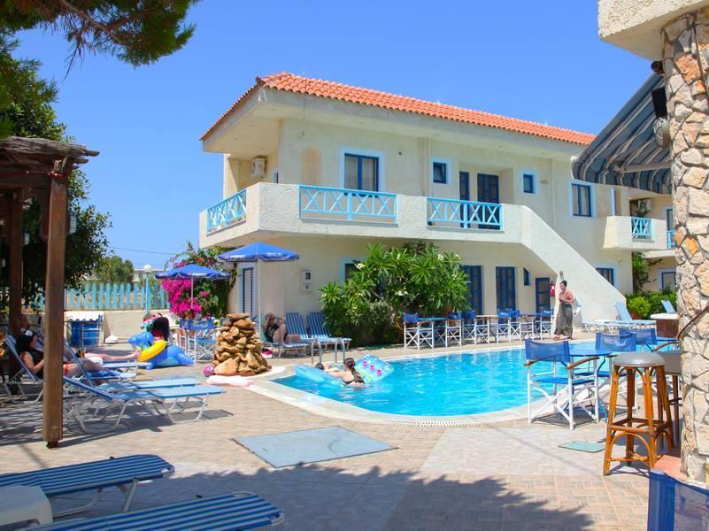 Holidays at Tsalos Beach in Analipsi Hersonissos, Hersonissos