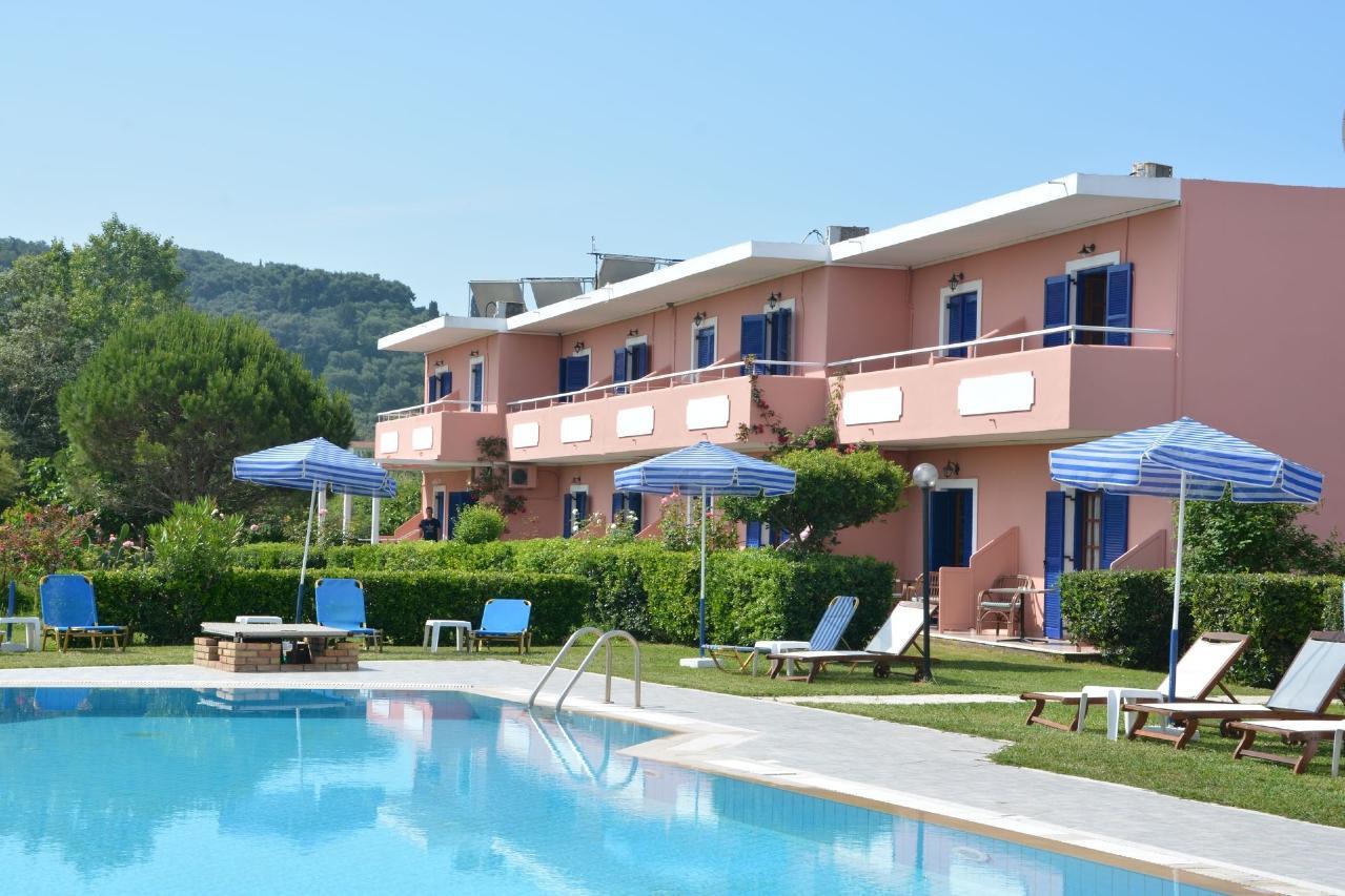 Holidays at The Wave in Sidari, Corfu