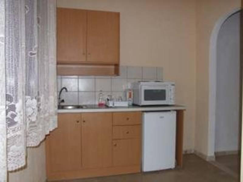 Holidays at Spingos Apartments in Roda, Corfu