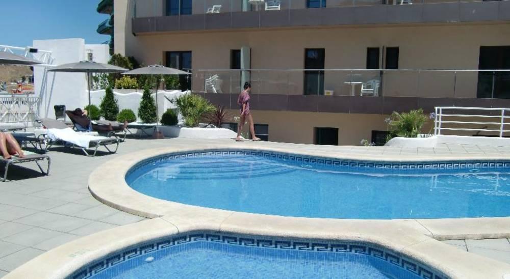 Holidays at Petite Palau Hotel in Blanes, Costa Brava