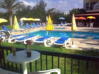 Holidays at Anna Hotel Apartments in Kissonerga, Paphos
