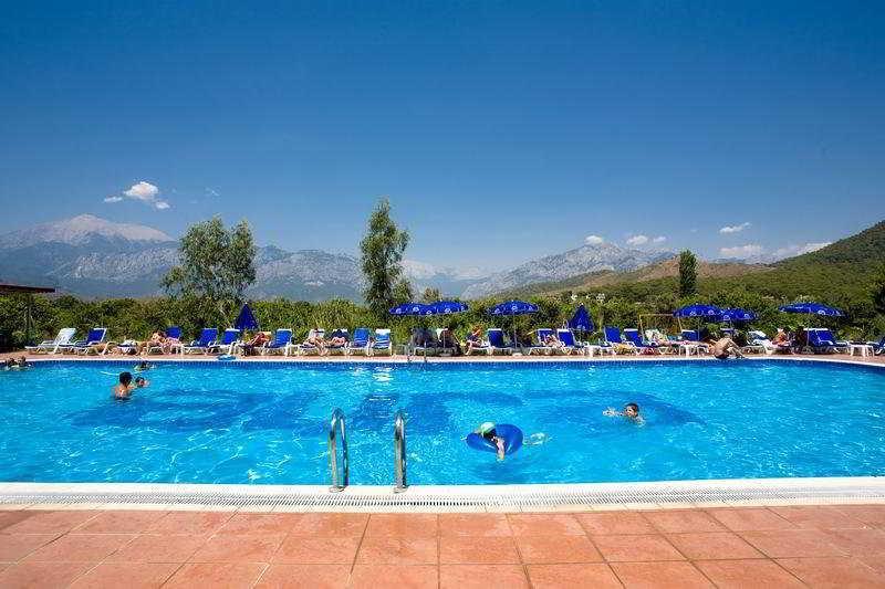 Holidays at Larrisa Blue Resort in Kiris, Kemer