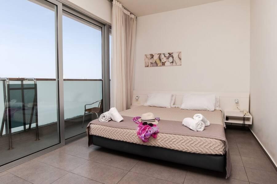 Holidays at Atlantis City Hotel in Rhodes Town, Rhodes
